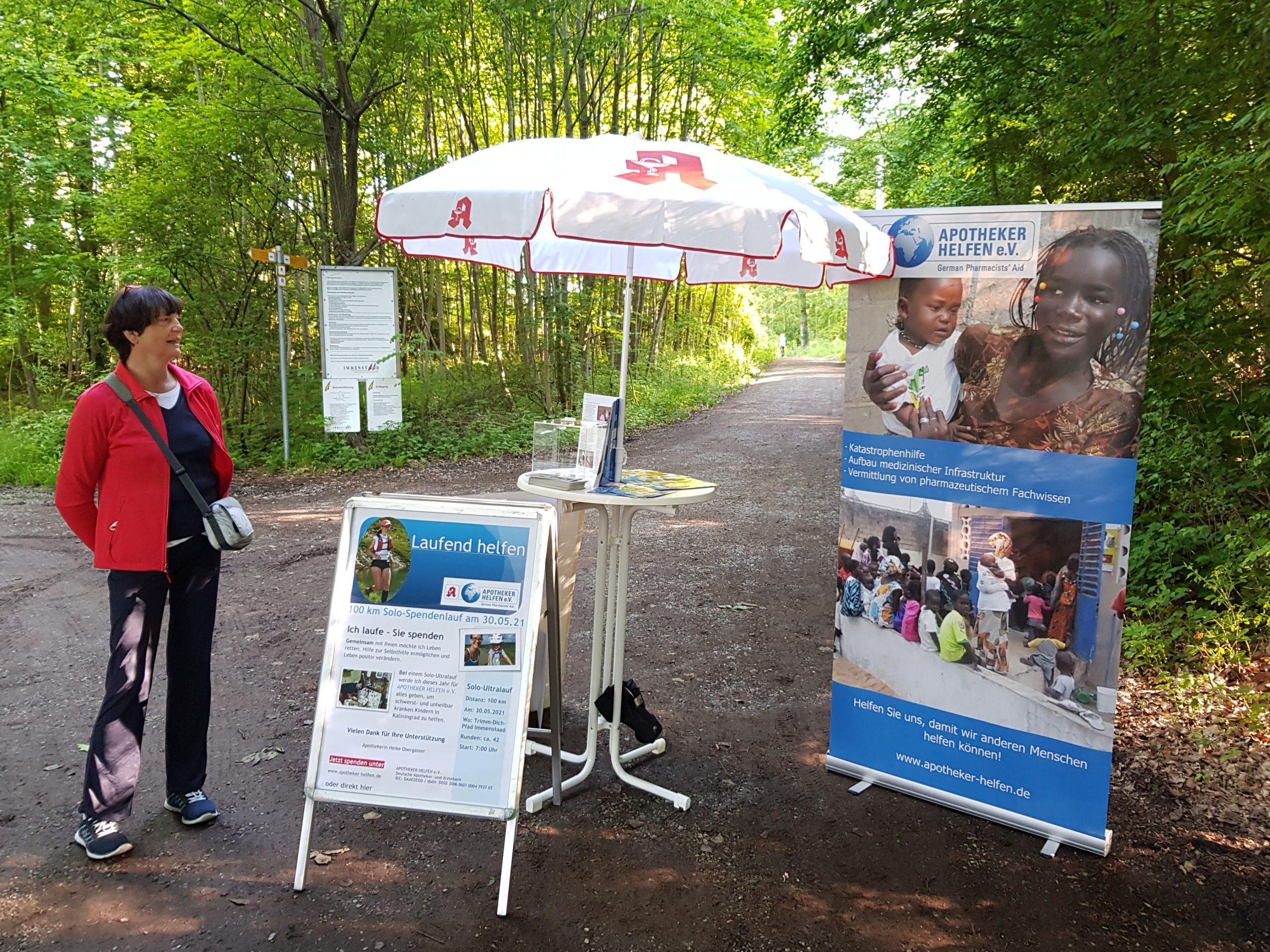"""""""Laufend helfen"""" – Heike Obergasser läuft 100 km für APOTHEKER HELFEN"""